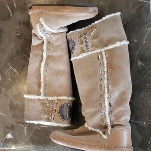 Tory Burch Shearling boots